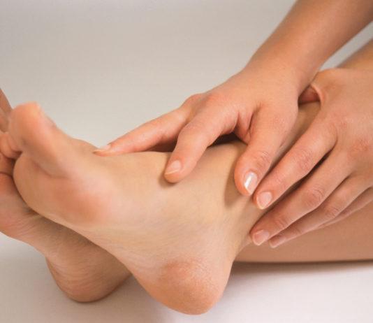 тяжесть в ногах причины и лечение